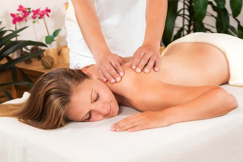 Massage oberer Rücken
